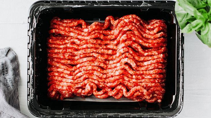 Hackfleisch richtig auftauen (Symbolfoto).