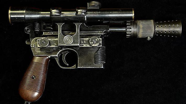 DL-44-Blasterpistole: Todd Coyle hat eine Replika von Han Solos Handfeuerwaffe angefertigt - Foto:  toddscostumes.com