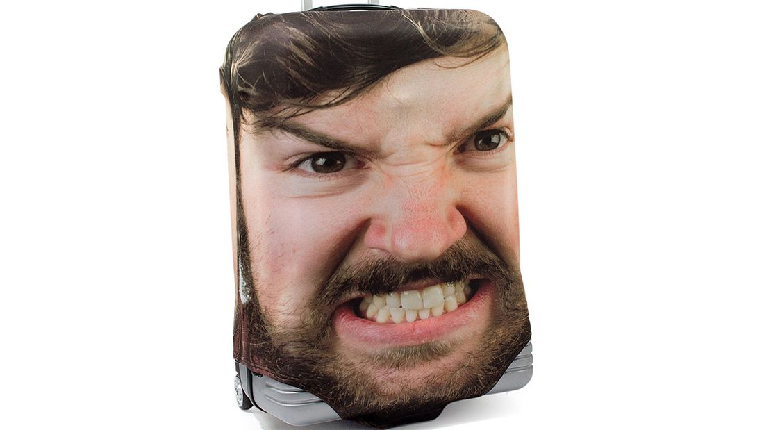 Genial: Mit dieser Idee erkennst du dein Gepäck am Flughafen sofort