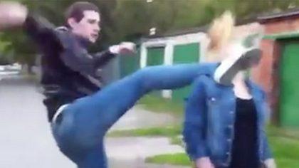 Nach Seitensprung: Mann tritt Freundin gegen den Kopf - Foto: YouTube/VedatAdemi