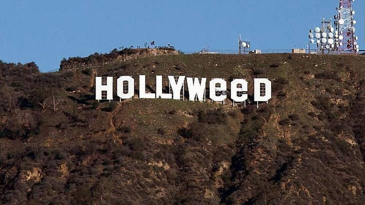 Das Hollywood Sign wurde in Hollyweed abgeändert