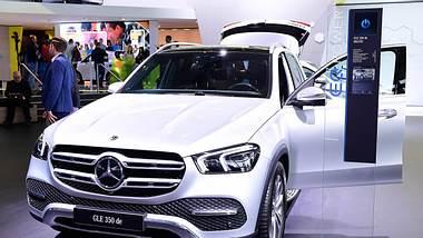 Mercedes-Benz GLE 350 de auf einer Auto-Schau - Foto: IMAGO / Revierfoto