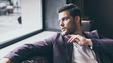 Undercut bei Männern: Darauf solltest du unbedingt achten - Foto: iStock / LightFieldStudios