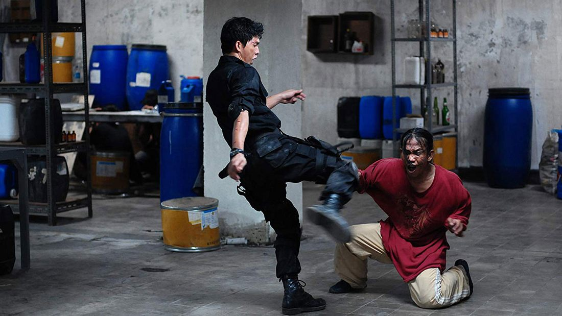 Iko Uwais verteilt Tritte in The Raid