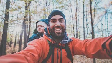 Reisen mit Baby: Das müssen Väter unbedingt wissen