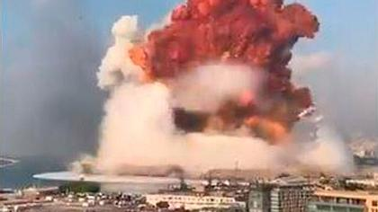 Monster-Explosion erschüttert Beirut - unfassbare Aufnahme