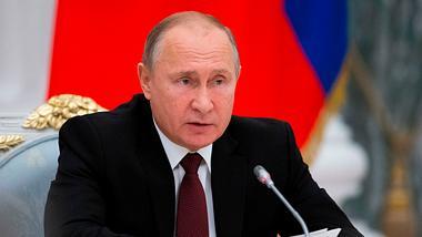 Niemand mehr sicher: Putin entwickelt Kampfrakete mit gigantischer Reichweite