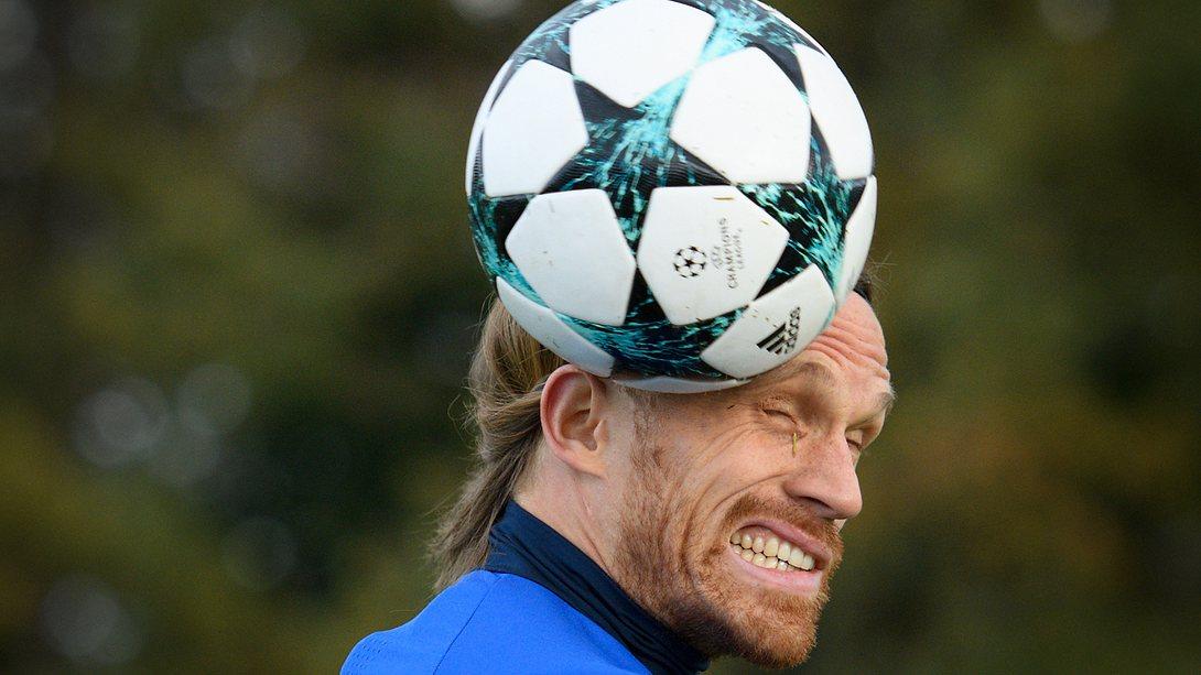 Britischer Fußball-Verband verbietet Kopfbälle im Training