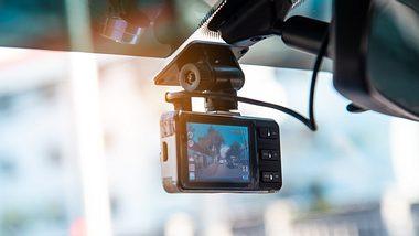 Dashcam in Auto - Foto: iStock/photobyphotoboy