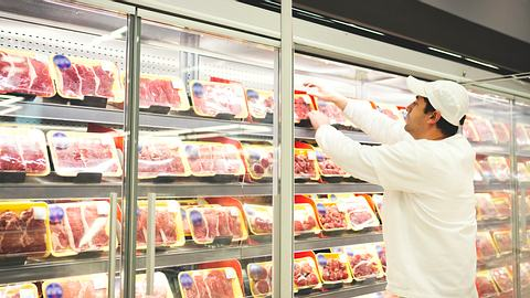 Stiftung Warentest nimmt Grillfleisch unter die Lupe – krasses Ergebnis