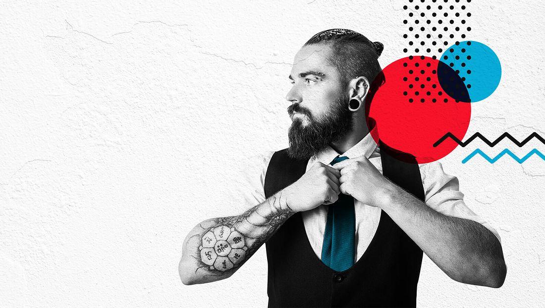 Mann im Anzug und  mit einer perfekt gebundenen Krawatte
