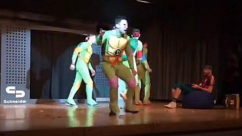 Ninja Turtles entern die Bühne - Foto: Youtube / Faschingsgarde Ramminarria