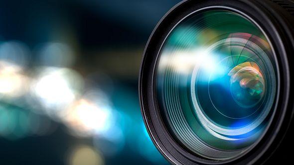 Linse einer 360 Grad Kamera in Nahaufnahme