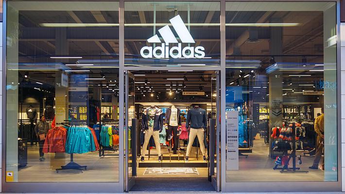 Adidas erhält Milliarden-Kredit von deutscher Förderbank