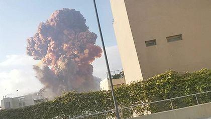 Unfassbare Aufnahme: Explosion erschüttert Beirut - Foto: Instagram / Ksokhn