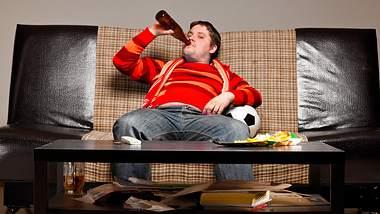 Kalorienfalle Alkohol: So viele Kalorien haben Bier, Wein und Cocktails  - Foto: iStock / Sergey_Peterman