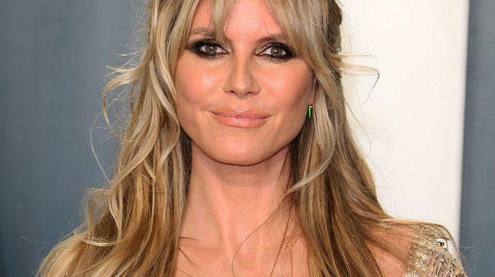 Nackter gehts nicht: Heidi Klum zeigt sich komplett hüllenlos