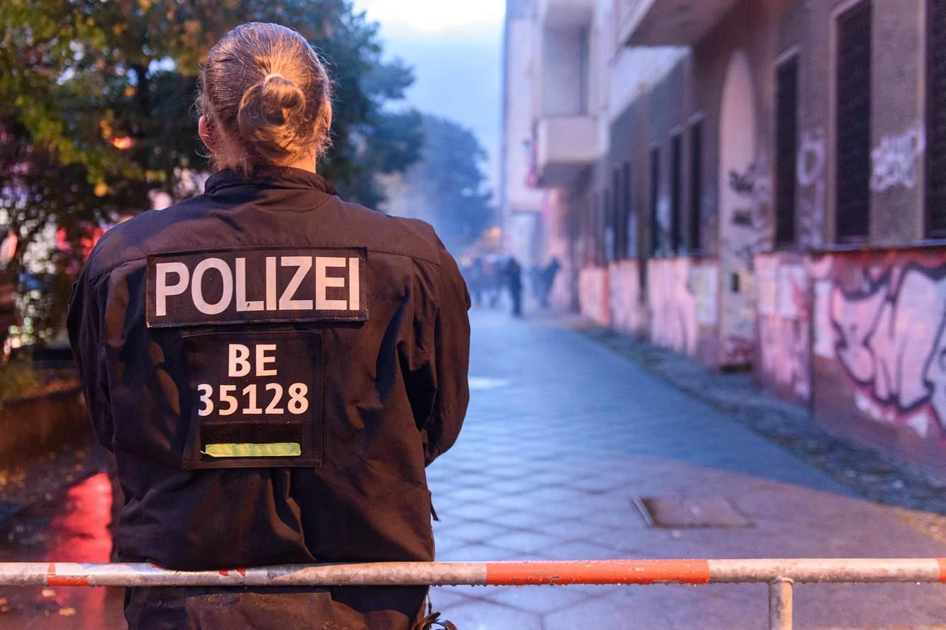 Polizistin in Berlin
