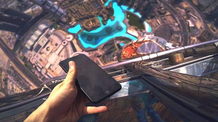Das passiert, wenn dein iPhone vom höchsten Gebäude der Welt fällt