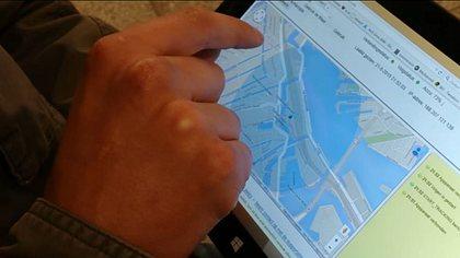 Student lässt sich Handy klauen, trackt Dieb mit Spyware