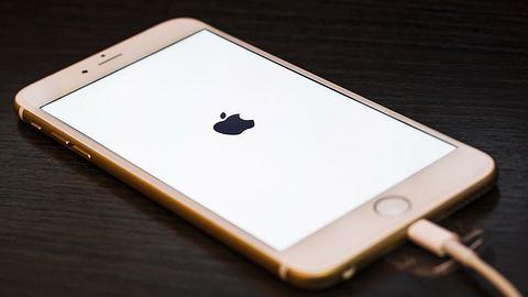 Das Material Magnetoelectric Multiferroic soll bei Smartphones angeblich eine Akkulaufzeit von drei Monaten garantieren - Foto: iStock/AttilaFodemesi