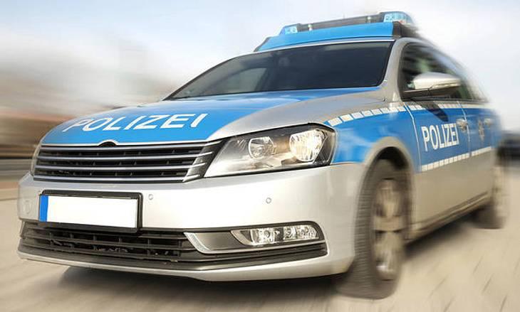 Die wohl spektakulärste und gefährlichste Verfolgungsjagd in Deutschland lieferte sich ein Audi-Fahrer mit 24 Polizeiautos und einem Hubschrauber.
