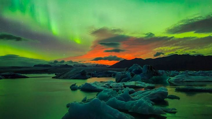 vulkanausbruch während polarlicht sturm