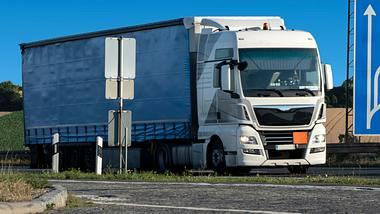 EU bestätigt Kabinenschlafverbot für LKW-Fahrer