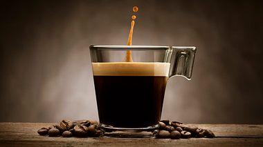 Eine Tasse Kaffee - Foto: iStock/limpido