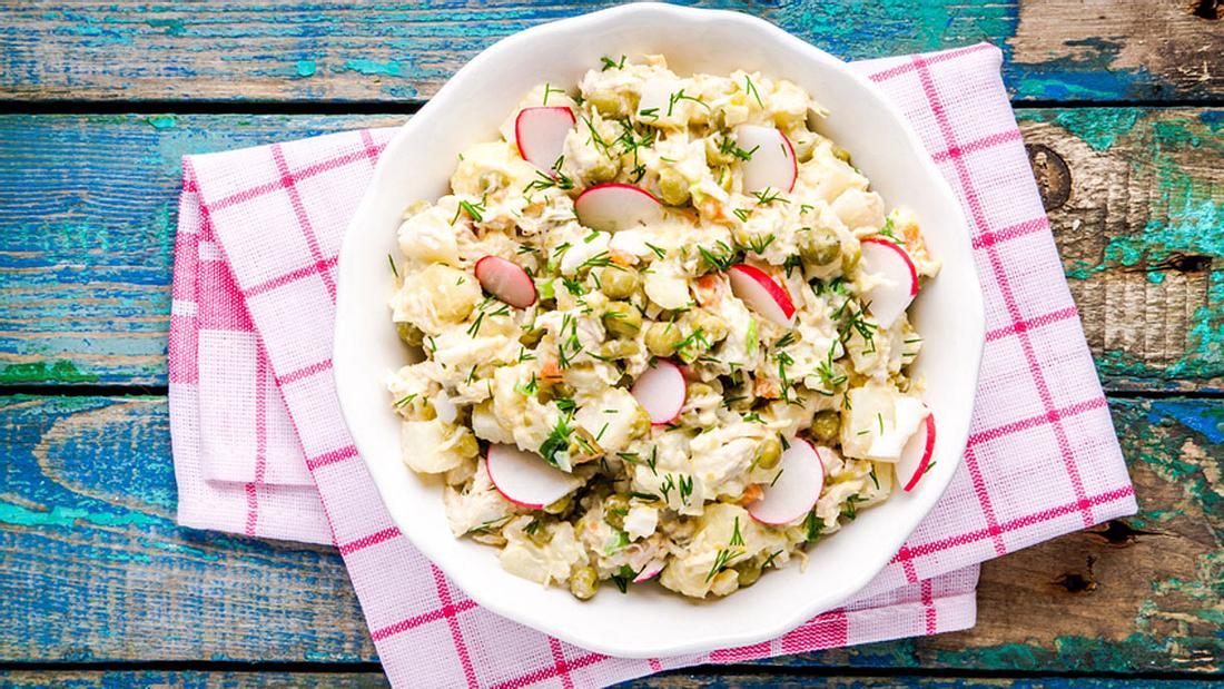 So machst du den genialsten Kartoffelsalat zum Grillen