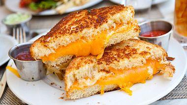 Hangover? 3 Hacks für Grilled Cheese Sandwiches