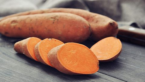 So machst du aus Süßkartoffeln Power-Toasts