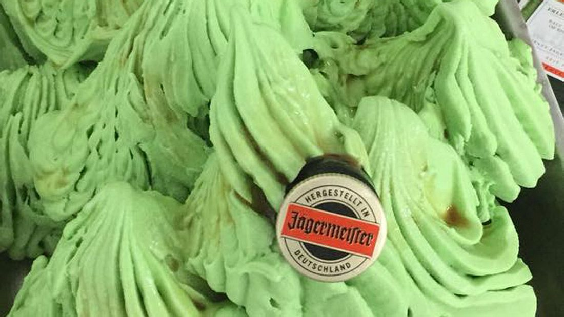 Deutsche Eisdiele verkauft Jägermeister-Eis – und es macht sogar betrunken