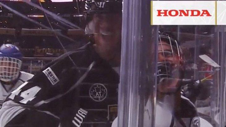 """Justin Bieber musste beim """"Celebrity Game"""" der NHL ordentlich einstecken"""