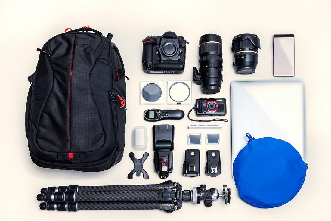 Kameratasche mit Kamerazubehör
