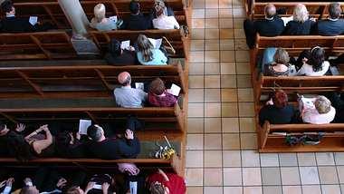 Kein Gottesdienst erlaubt: Katholiken klagen gegen Corona-Verbot