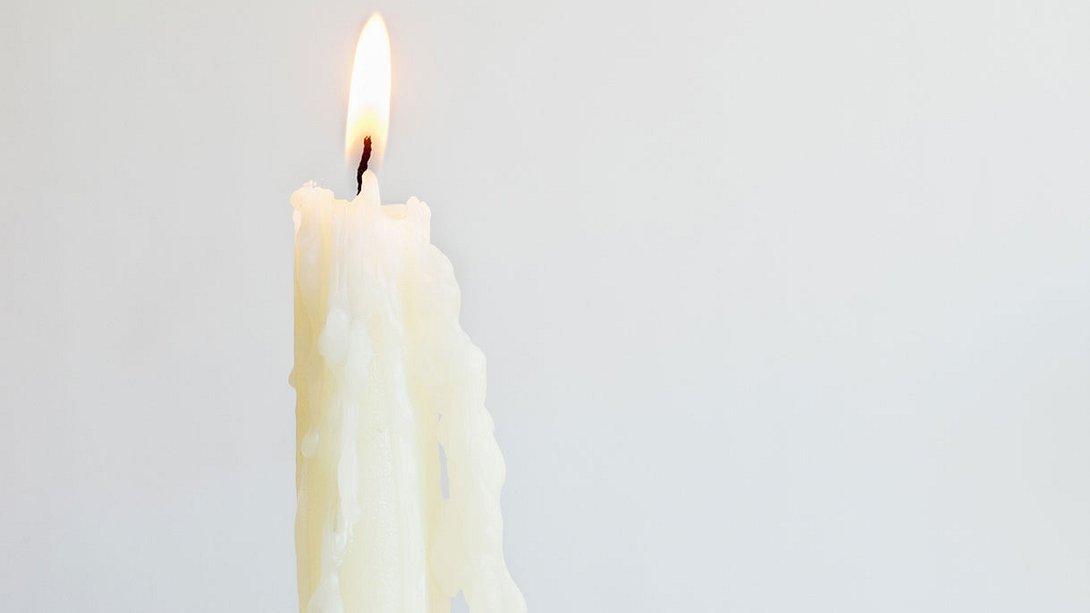 So sauber war dein Bad noch nie - du braucht nur eine Kerze!