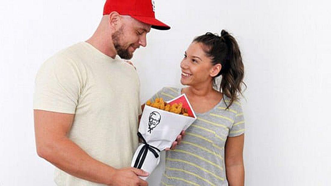 KFC hat zum Valentinstag Chicken-Blumensträuße veröffentlicht