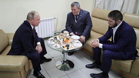 Putin trifft UFC-Skandalfighter - und hat einen Ratschlag an dessen Vater