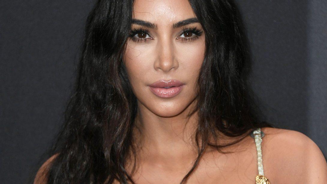 Nackt-Hammer! Kim Kardashian raubt Fans mit Selfie-Clip den Verstand