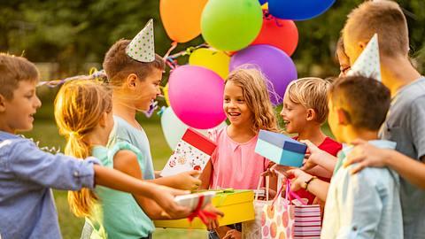 Kindergeburtstag - Foto: iStock / StockPlanets