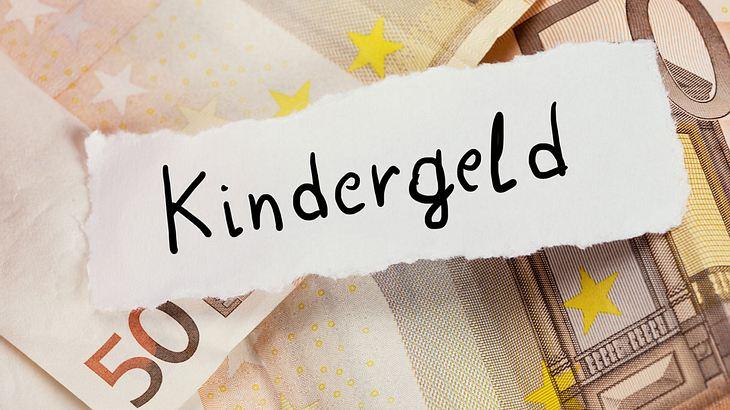 Höchste Erhöhung seit Jahren: So viel Kindergeld gibt es ab Juli!