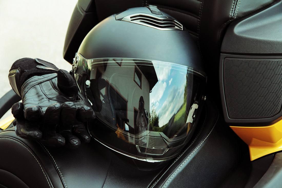 Klapphelm: Mit freier Sicht Motorrad fahren