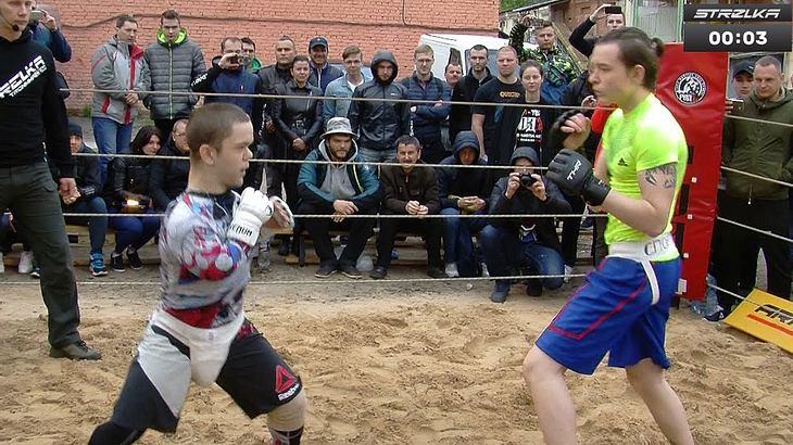 Kleinwüchsiger tritt in MMA Kampf an Arrows Street Fight Russland