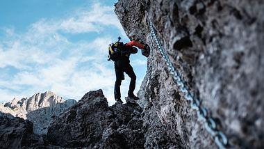 Kletterausrüstung - Foto: iStock / deimagine