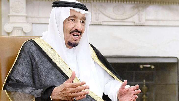 König von Saudi-Arabien verpulvert 100 Millionen Dollar in einmonatigem Urlaub