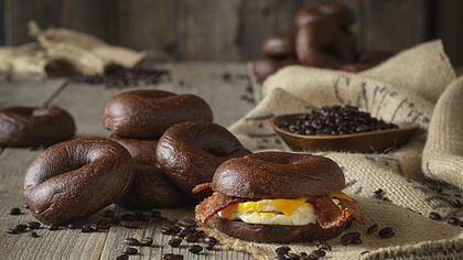 Kaffee-Kick: Diese Bagels werden mit Koffein gebacken