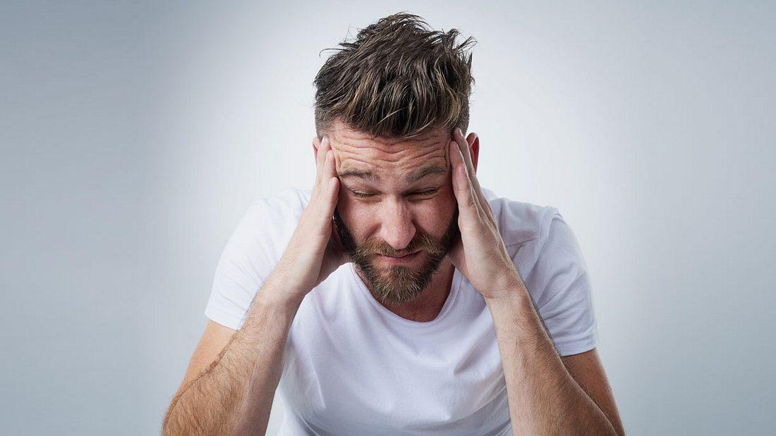 Kopfschmerzen bekämpfen: 7 Hausmittel gegen Kopfschmerzen, die sofort helfen