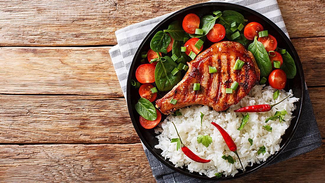 Kotelett mit Reis