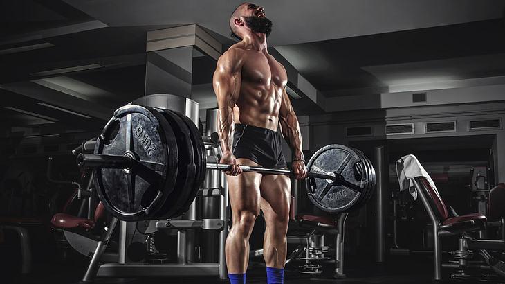 Kreuzheben ist eine der effektivsten Fitness-Übungen für schnellen Muskelaufbau